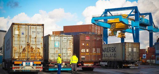 Comment devenir opérateur logistique ?