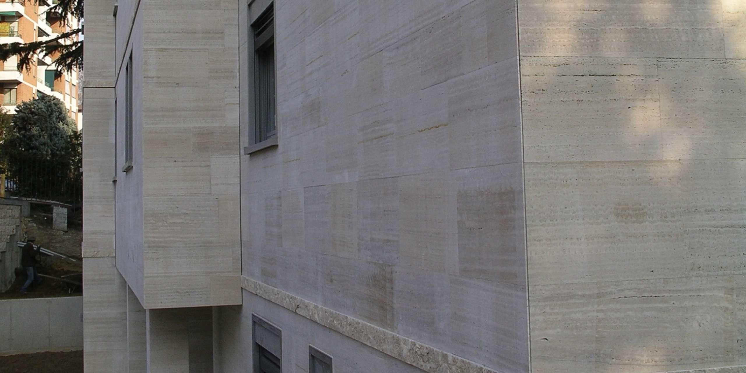 Une belle façade en pierre naturelle